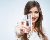 Как вывести лишнюю воду из организма для похудения?