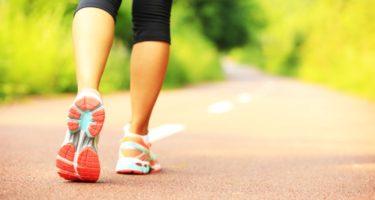 Сколько калорий тратится при ходьбе за час и сколько километров нужно пройти в день, чтобы похудеть