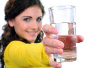 Вода по утрам натощак как средство для похудения